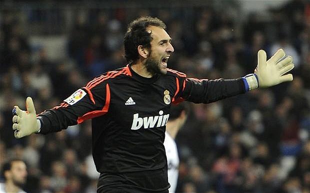Tutta la grinta dell'ex numero 1 del Real Madrid