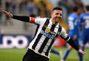 Antonio Di Natale porta avanti l'Udinese! Diretta gol