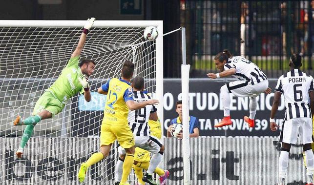 Chievo-Juventus 0-1, decide un autogol di Biraghi