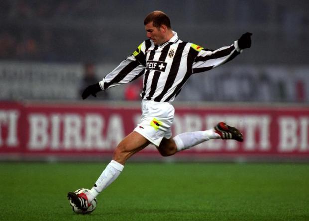 Zinedine Zidane, la sua è stata una delle cessioni più costose della storia