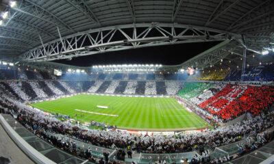 Lo Juventus Stadium gremito in ogni ordine di posto