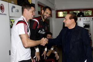 Berlusconi accoglie Torres e Diego Lopez