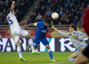 Il Dnipro a segno contro il Napoli di Walter Mazzarri.