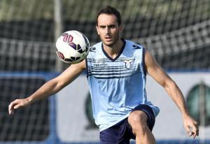 Santiago Gentiletti all'opera, in allenamento, con la sua nuova squadra: la Lazio