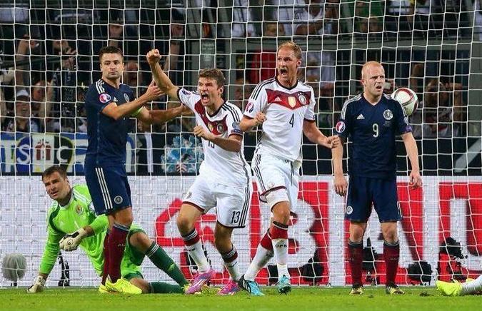 La Germania batte la Scozia per 2-1 nella prima gara delle qualificazioni ai prossimi Europei