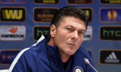 L'allenatore dell'Inter Walter Mazzarri.