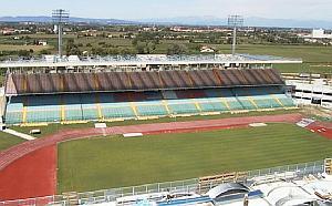 """Lo Stadio """"Euganeo"""" di Padova ospiterà domani pomeriggio il primo derby in assoluto tra Padova e l'Atletico San Paolo"""