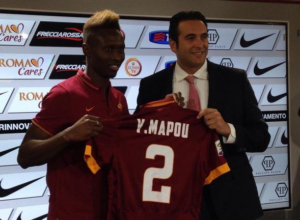Yanga-Mbiwa si presenta in conferenza stampa ai nuovi tifosi della Roma