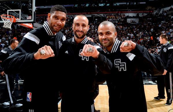 Spurs vincenti 101-100 nella prima gara con Dallas