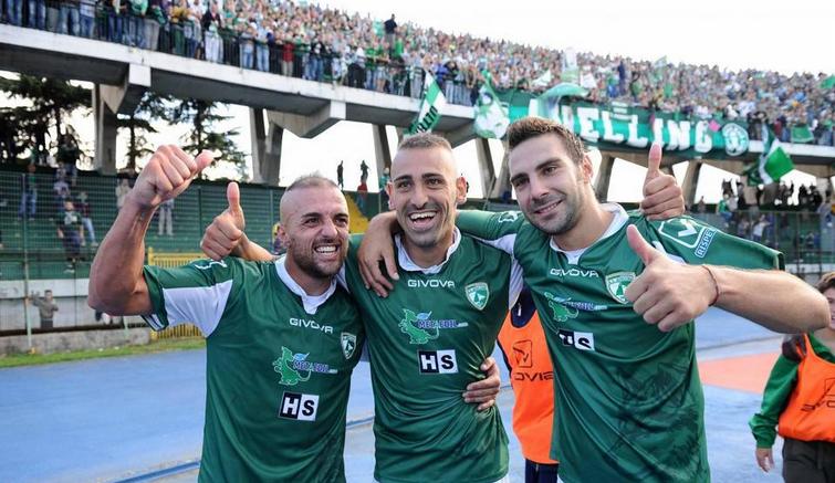 Avellino-Carpi 1-0, irpini in vetta alla classifica