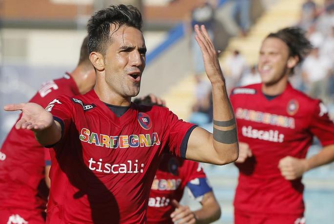 Danilo Avelar, la sua punizione è una delle reti più belle dell'ottava giornata di Serie A