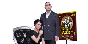"""Geppi Cucciari ed Elio nel musical """"La famiglia Addams"""""""