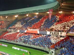 Tutta la passione del Parco dei Principi di Parigi.