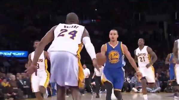 Kobe e Steph, protagonisti della Top 5 Plays Nba.