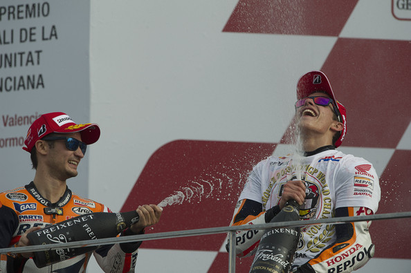 Marc Marquez e Dani Pedrosa sul podio di Valencia