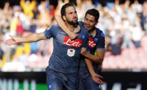 Napoli-Roma 2-0: Higuain e Callejon, giallorossi ko