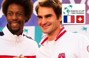 Gael Monfils e Roger Federer prima del loro incontro valido per la finale di Coppa Davis