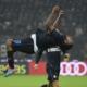 Obi firma il gol del pareggio in Milan-Inter