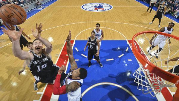 San Antonio Spurs vincenti nella notte Nba.
