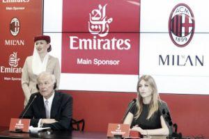 Accordo importantissimo tra il Milan e Fly Emirates. Nella foto Barbara Berlusconi e Tim Clark.