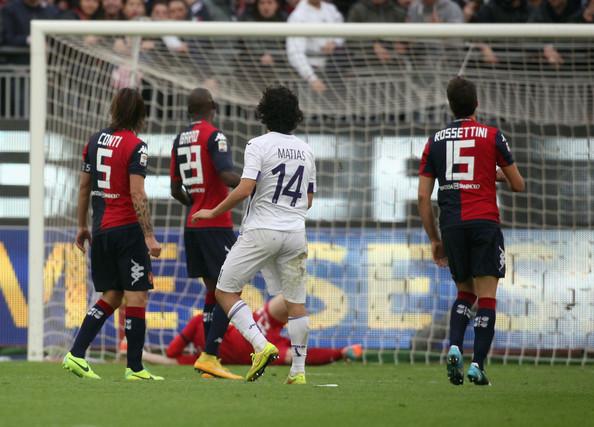 Mati Fernandez, protagonista in Cagliari-Fiorentina 0-4