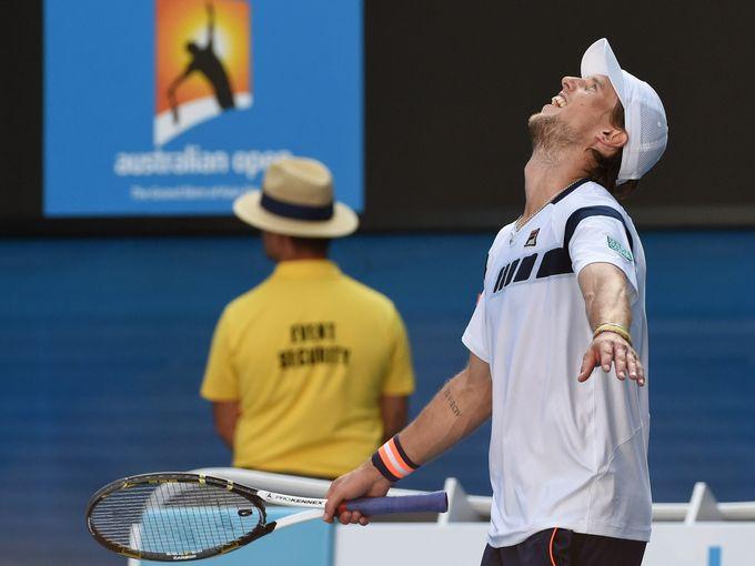 Andreas Seppi elimina in 4 set Roger Federer al terzo turno degli Australian Open