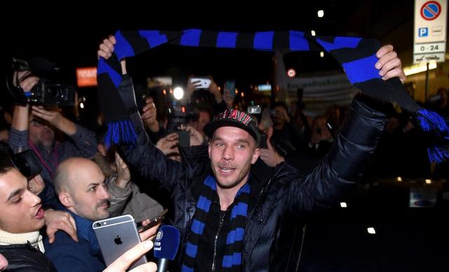"""Inter, arriva Podolski: """"Puntiamo alla Champions e alla vittoria dell'Europa League"""""""