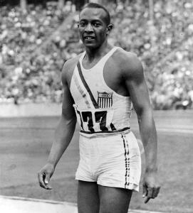 Jesse Owens, vincitore di 4 ori olimpici