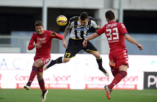 Thereau regala all'Udinese il momentaneo 2-1 sul Cagliari