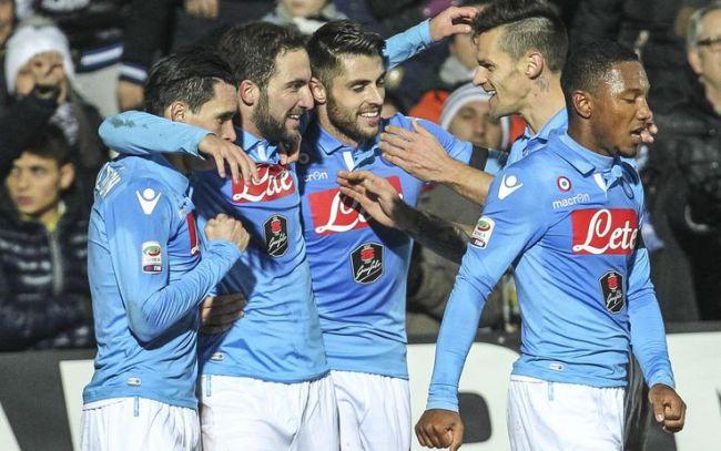 Il Napoli sbanca Cesena