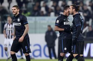 Icardi e Osvaldo litigano durante Juventus-Inter
