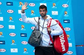 Grigor Dimitrov saluta gli Australian Open dopo la sconfitta con Murray