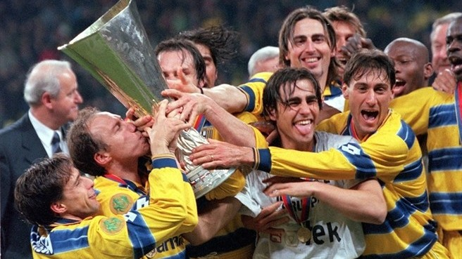 Il Parma campione Uefa del 1999.
