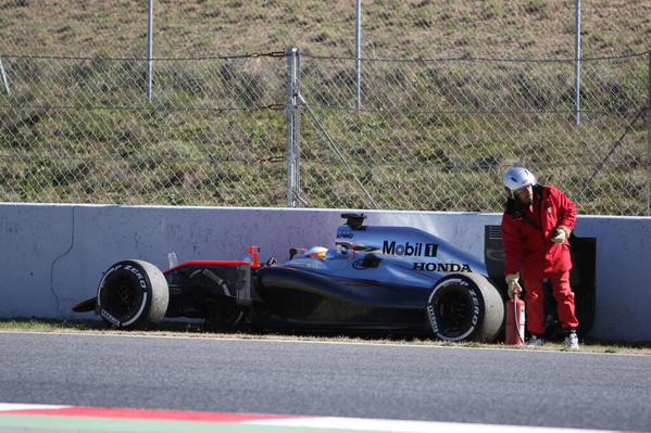 Incidente Alonso nei test di Barcellona