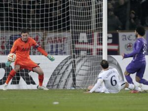 Fiorentina da favola, fa fuori il Tottenham: 2-0 con Salah-Gomez