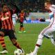 Ribery contrastato da Fred, uno dei momenti di Shakhtar-Bayern Monaco