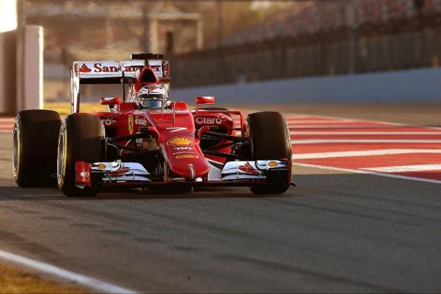 La Ferrari impegnata nei test di Barcellona