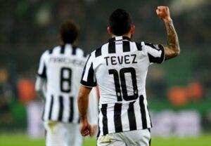 Tevez, doppietta a Dortmund