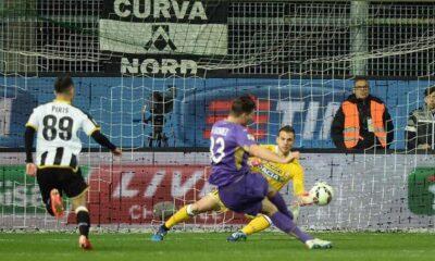 Alla Fiorentina non basta una doppietta di Gomez: 2-2 al 'Friuli'
