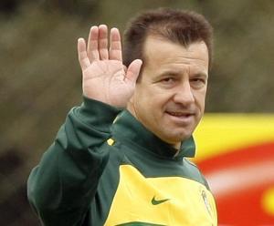 Dunga non ha convocato Felipe Anderson per le amichevoli contro Francia e Cile.