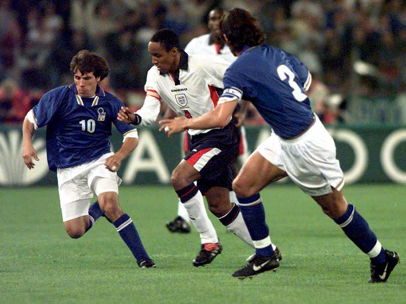 Italia-Inghilterra.