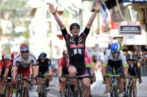 Lo sprint vincente di John Degenkolb alla Milano-Sanremo 2015