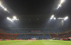 Lo striscione esposto dai tifosi rossoneri in occasione di Milan-Cagliari