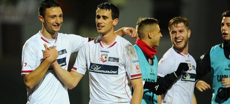 Carpi-Avellino 2-0