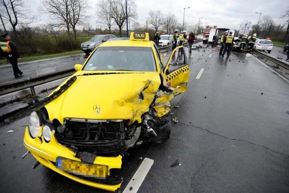 Moras e altri due giocatori greci coinvolti in un incidente stradale