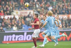 Il derby alla penultima sarà probabilmente decisivo nella lotta per il secondo posto tra Lazio e Roma.