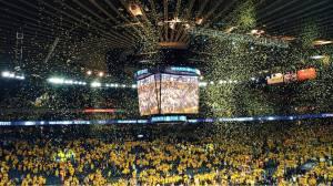 Lo spettacolo della Oracle Arena