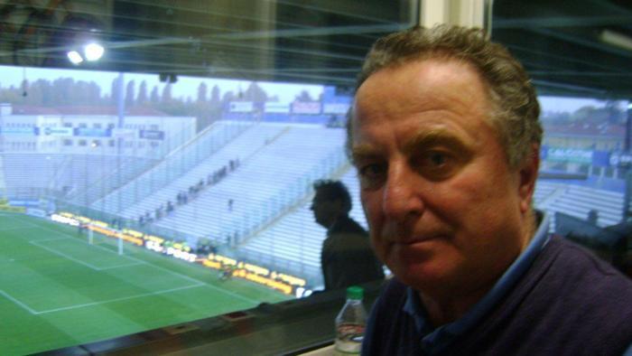 A 72 anni si è spento Livio Forma, storica voce di Tutto il Calcio Minuto per Minuto