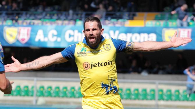 Pellissier Chievo-Udinese 1-1.