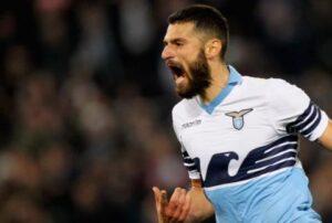 Antonio Candreva, autore del gol del 2-0. Per il giocatore della Lazio si tratta dell'ottavo gol stagionale.